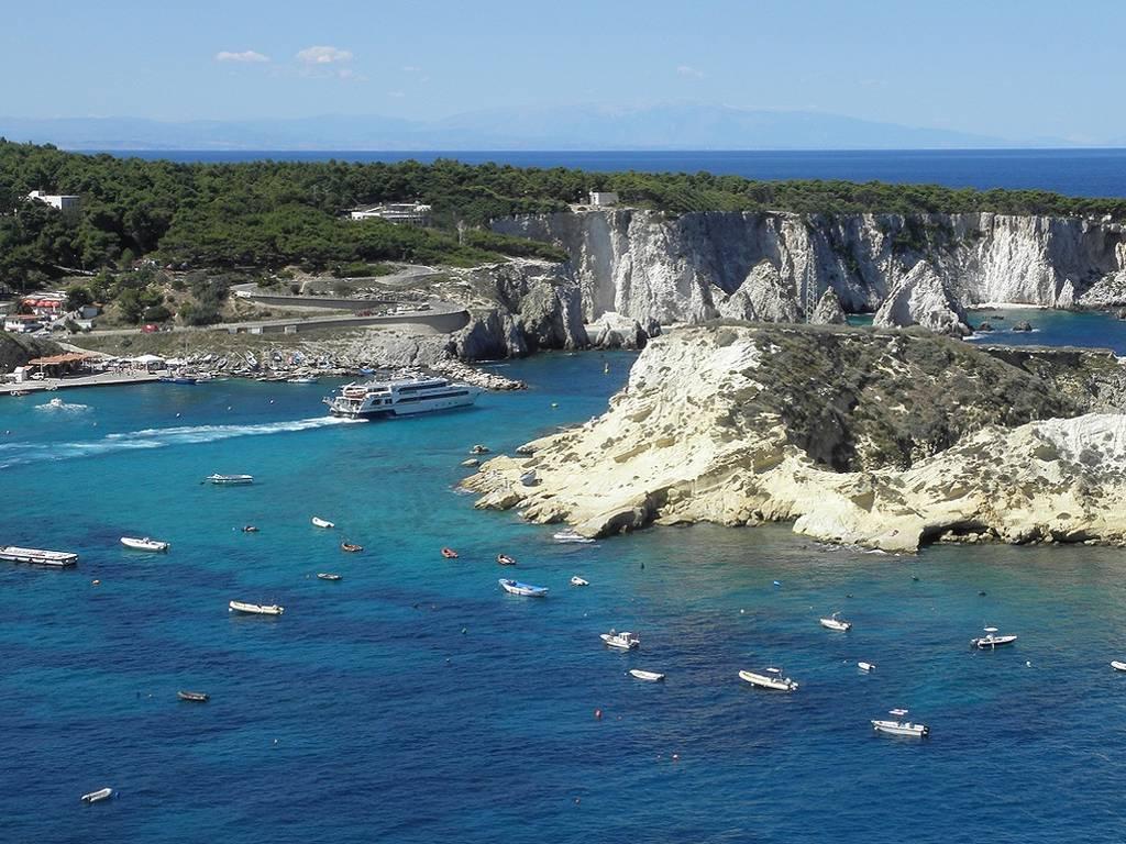 Isole Tremiti: cosa vedere in tre giorni a largo della ...