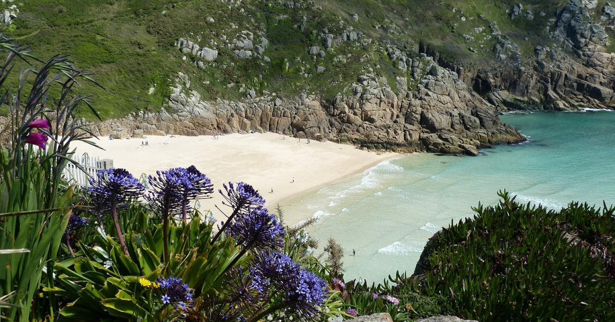 Rent holiday cottages & holiday lettings in Cornwall from £31