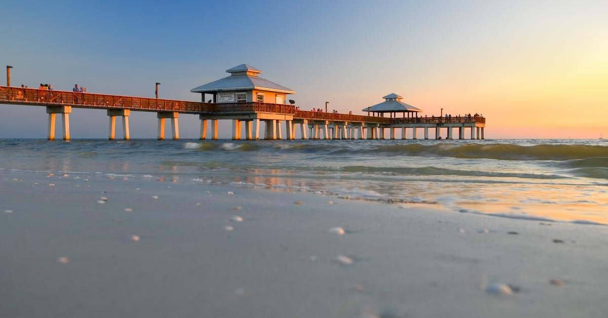 Astonishing Fort Myers Beach Vacation Rentals From 66 Hometogo Download Free Architecture Designs Oxytwazosbritishbridgeorg