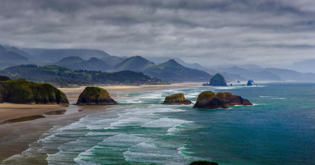 Magnificent Cannon Beach Vacation Rentals From 84 Hometogo Home Interior And Landscaping Ologienasavecom