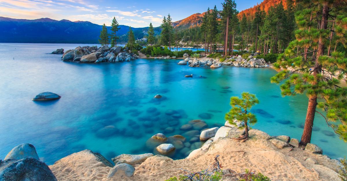 Lake Tahoe Cabin Rentals from $87 - HomeToGo