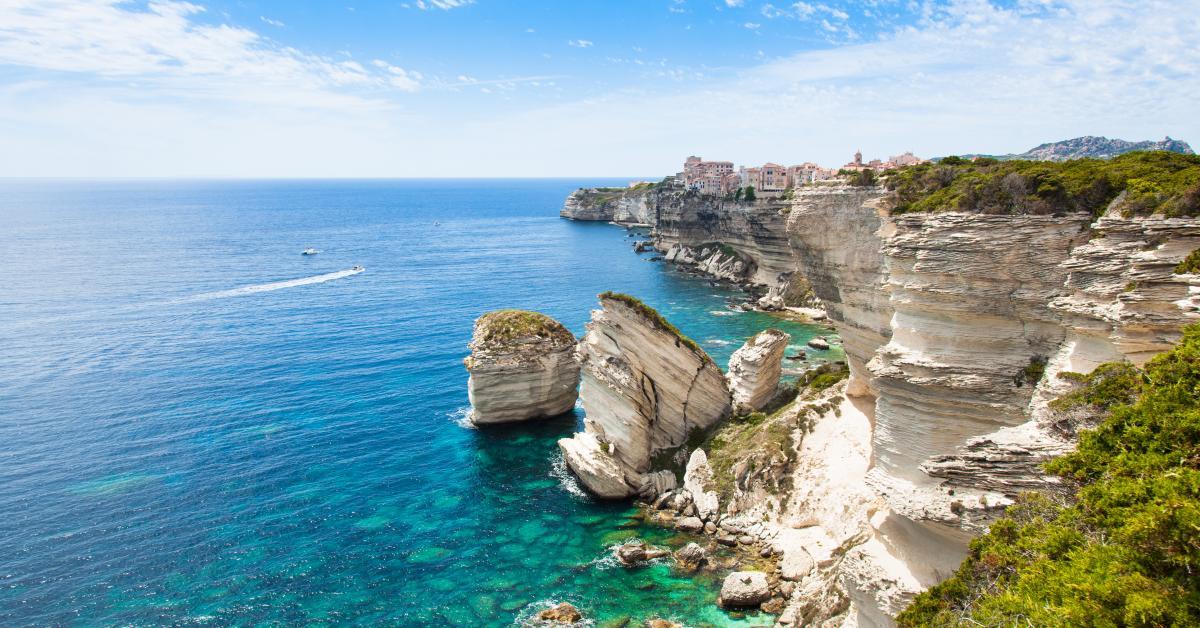 Ferienhäuser & Ferienwohnungen auf Korsika ab 37 € - HomeToGo
