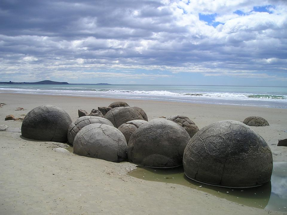New Zealand Sea Rock Beach Round Moeraki Boulders