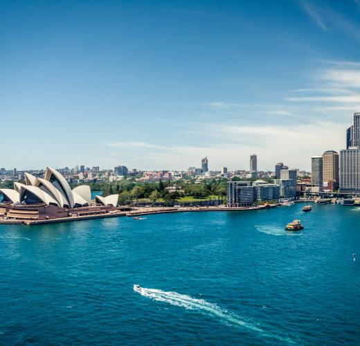 Find apartments, hotels & accommodation in Sydney from $33!