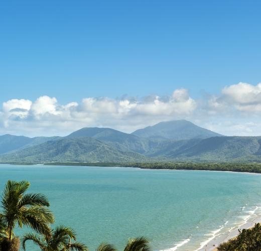 Find holiday houses & accommodation in Port Douglas from $79!