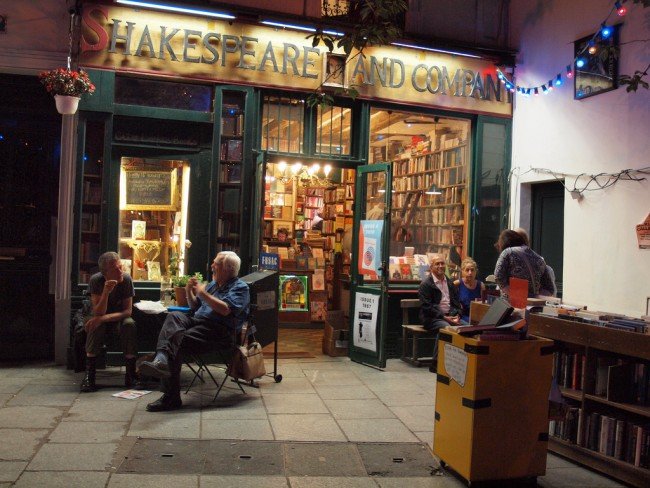 Shakespeare and Co bookstore Paris