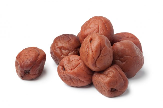Umeboshi japonais traditionnel