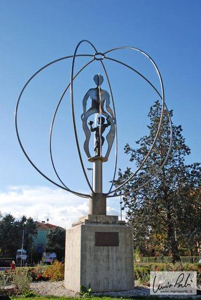 El niño en el centro del mundo: monumento a Maria Montessori. Fotografía de Mario Sorbi.