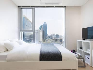 470 Ft² Apartment