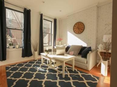 850 Ft² Apartment