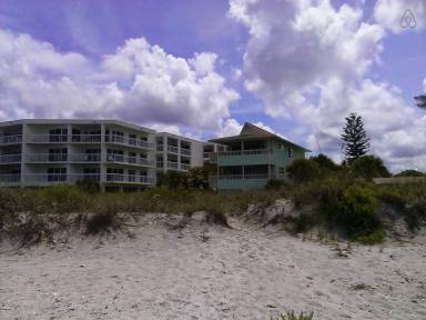 Manasota Key Vacation Rentals from $82   HomeToGo