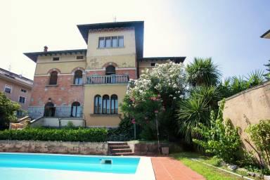 Ferienwohnung Desenzano del Garda: Ferienhaus & Apartment günstig ...
