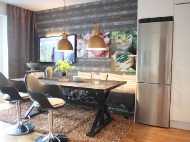 530 Ft² Apartment