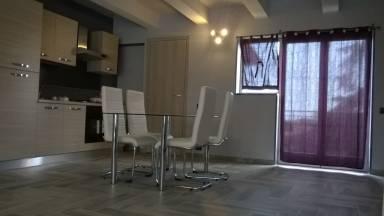 Case vacanze e appartamenti a giarre in affitto for Appartamenti arredati in affitto a catania