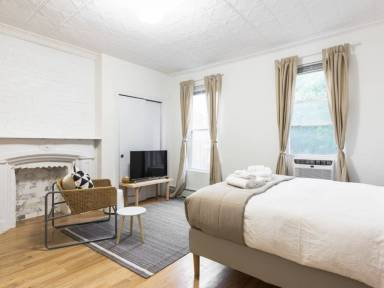 Vacation Rentals and Apartments in Williamsburg Greenpoint