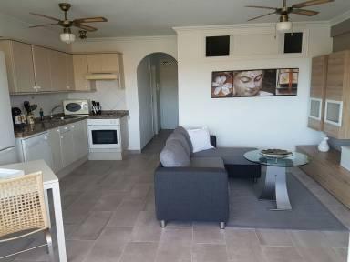 590 Ft² Apartment
