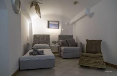 Case vacanze e appartamenti a putignano in affitto for Case in affitto arredate putignano